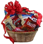 ROMANTIC SNACK BASKET